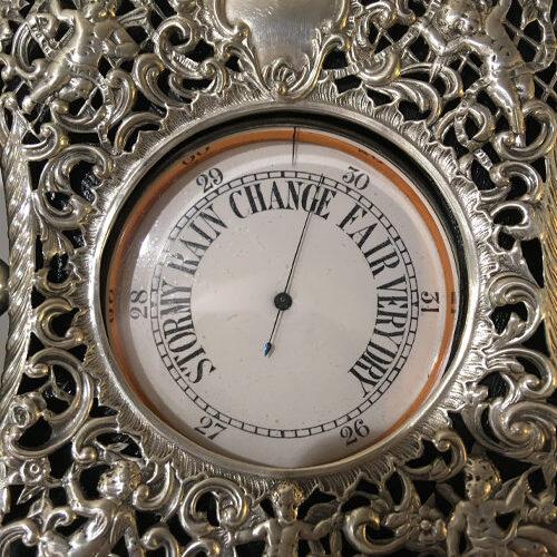 Compendio: Orologio 8 gg e Barometro