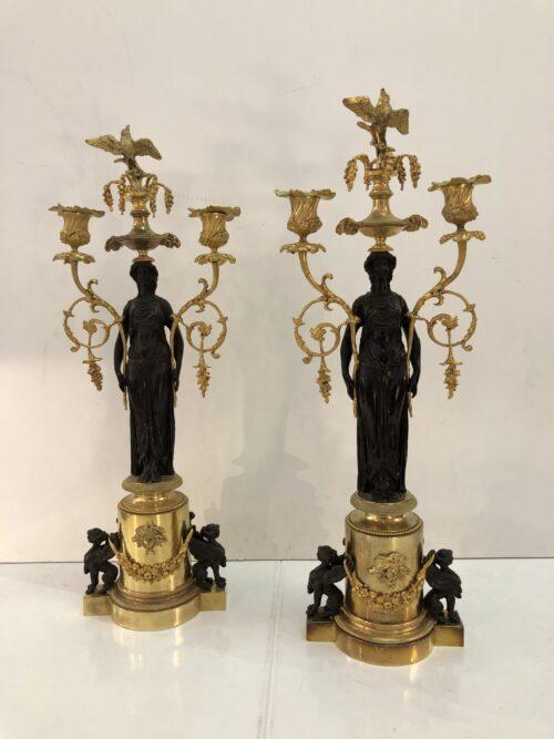 Coppia candelieri Vestali