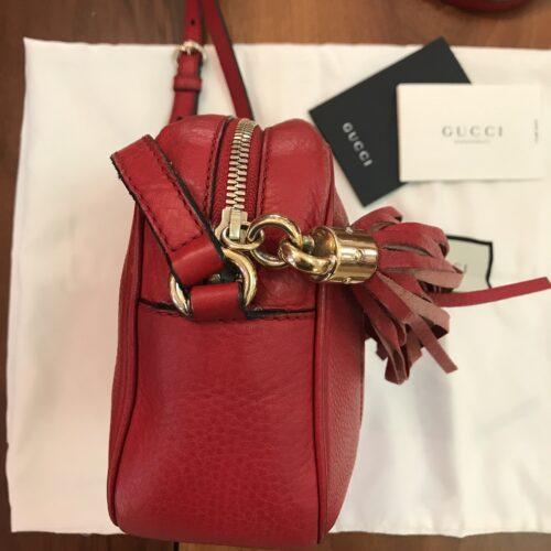 Gucci modello disco Bag Soho rossa