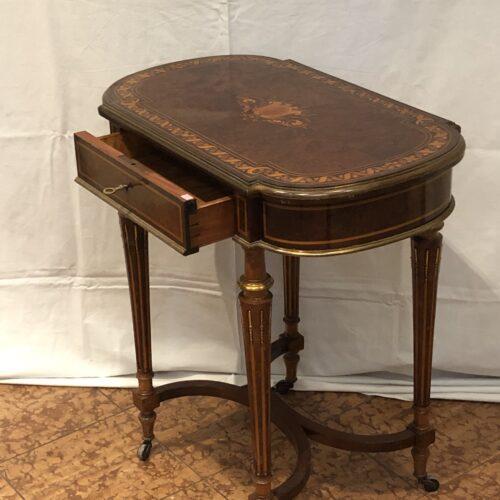 Tavolino da Lavoro Intarsiato