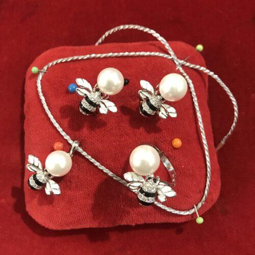Set Orecchini, Ciondolo e Anello in Argento
