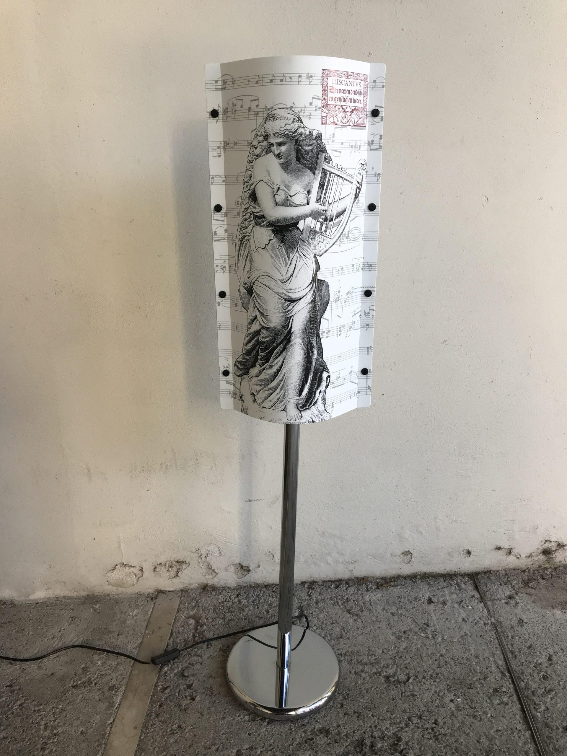 Lampada a piantana Slamp collezione OPERA